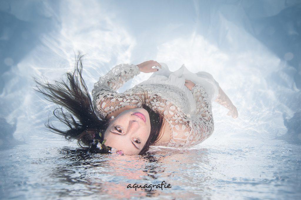 Braut Unterwasser